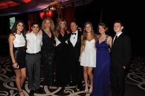 From left to right: Ale Cruz, Paulo Cruz, Mariana Cruz, Ana Quincoces, Michael S. Goldberg, Lauren Goldberg, Kristine Goldberg, and Alec Goldberg